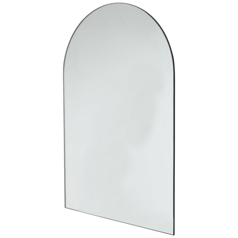 Charming Modern Arcus™ Mirror Frameless - four mirrors in one For Sale