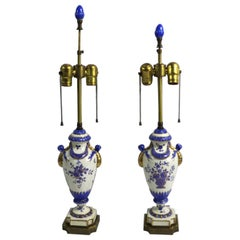 Charming Pair of Majolica Pottery Table Lamps in Blue and White with Gold Trim