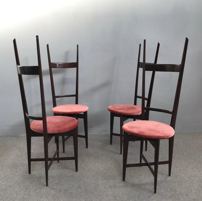 Charming Set of Four Dining Chairs by Santambrogio e De Berti, Italy, 1950s In Excellent Condition For Sale In Carpaneto Piacentino, Italy