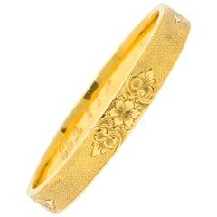 Charming Victorian 14 Karat Gold Floral Bangle Bracelet, circa 1900