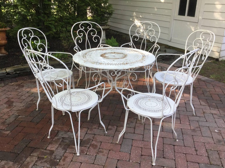 Charming Vintage French Bistro Dining Table and Chairs For Sale 1