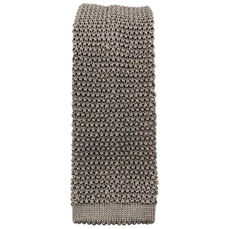 CHARVET Gray Silk Textured Knit Tie For Sale