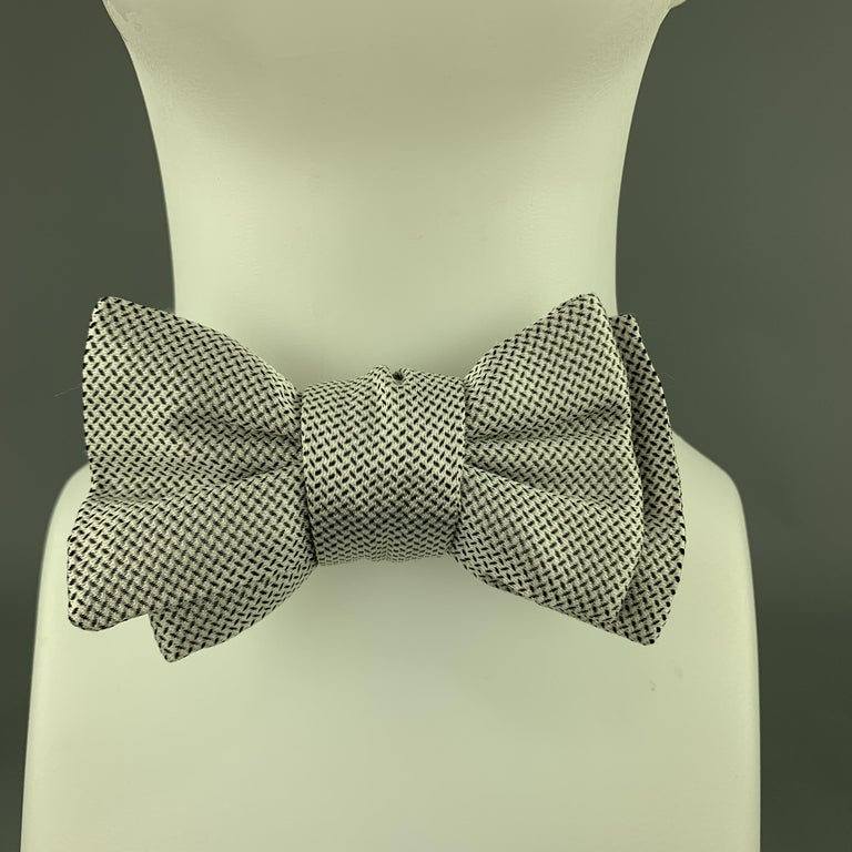 CHARVET White & Black Print Silk Bow Tie In Excellent Condition For Sale In San Francisco, CA