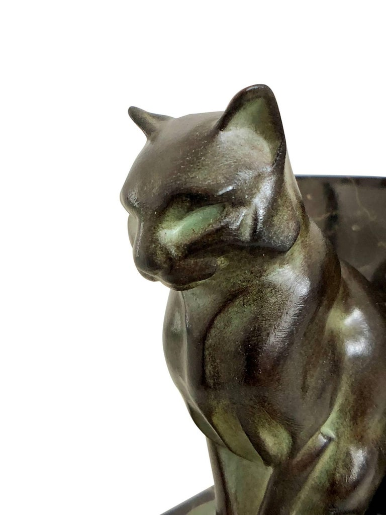 Chat et Dogue Art Deco Bookends of a Cat and a Dog from Max Le Verrier For Sale 4