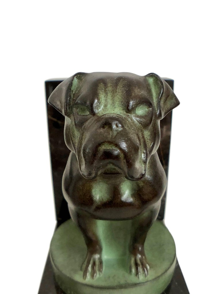 Spelter Chat et Dogue Art Deco Bookends of a Cat and a Dog from Max Le Verrier For Sale