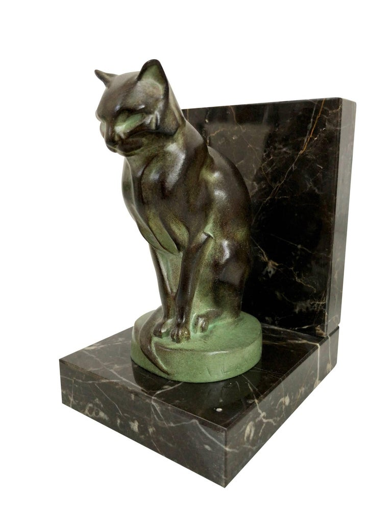 Chat et Dogue Art Deco Bookends of a Cat and a Dog from Max Le Verrier For Sale 2