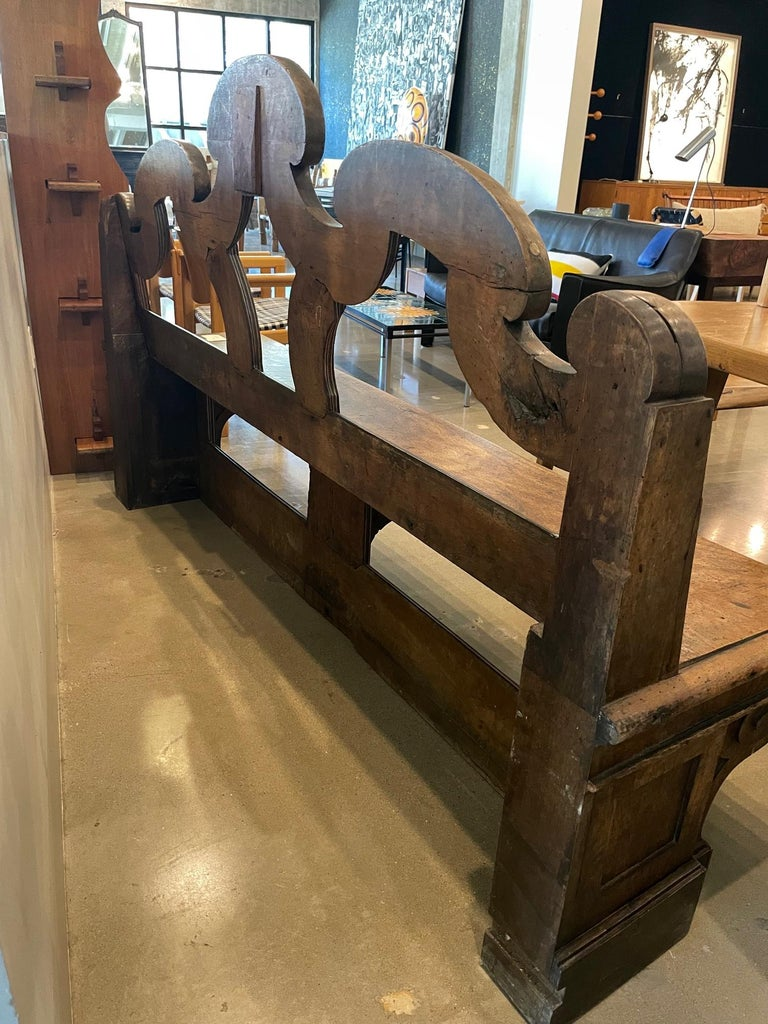Chateau Bench, France, 18th Century For Sale 7