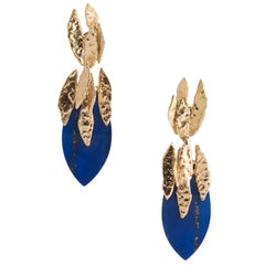 Chaumet 18 Karat Yellow Gold and Lapis Lazuli Drop Earrings