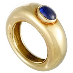 Chaumet 18 Karat Yellow Gold and Sapphire Cabochon Band Ring