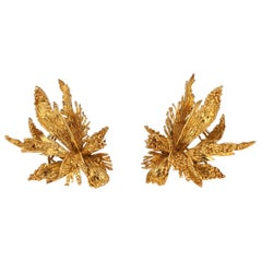 Chaumet 1970s French Gold Leaf Clip Earrings