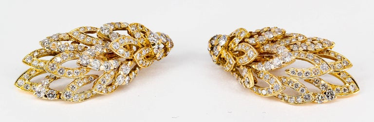 Round Cut Chaumet Diamond and Gold Wings Ear Clips For Sale