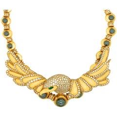Chaumet Paris 18 Karat Yellow Gold Diamond Eagle Head Choker Style Necklace