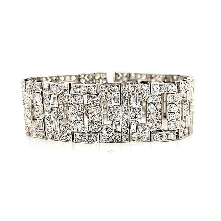 Chaumet Paris Art Deco Diamond Platinum Bracelet In Good Condition For Sale In New York, NY