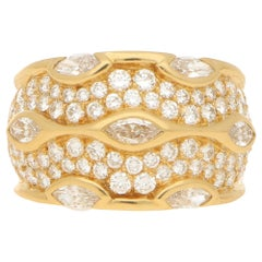 Chaumet Paris Marquise Diamond Bombe Ring Set in 18k Yellow Gold
