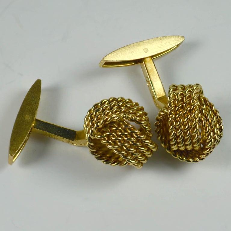Men's Chaumet Paris Gold Knot Cufflinks For Sale