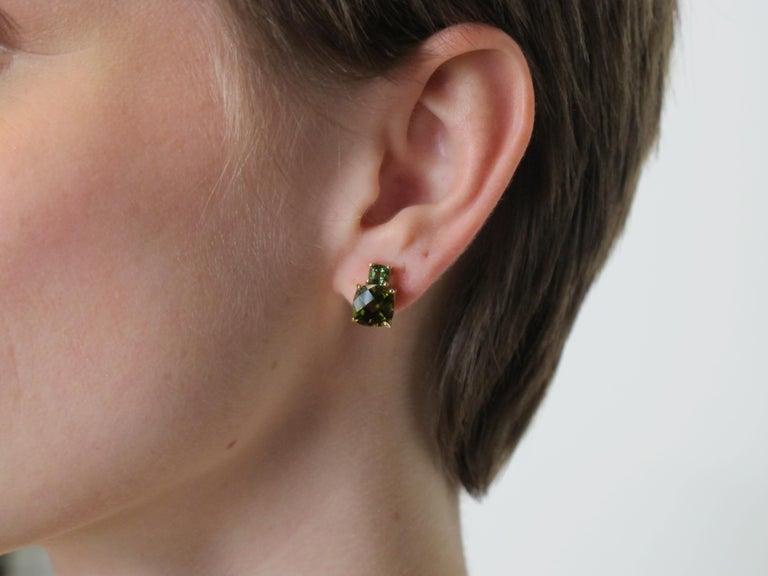 Women's Checkerboard Cut Green Tourmaline and Tsavorite Garnet 18 Karat Gold Earrings For Sale