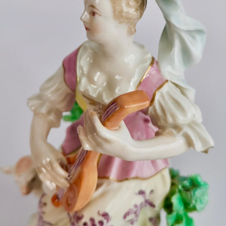 Chelsea-Derby Porcelain Figure of Lady with Lute, 18th Century, circa 1770 For Sale 6