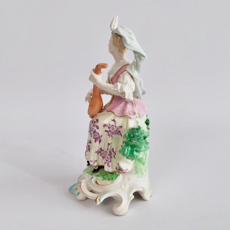 Rococo Chelsea-Derby Porcelain Figure of Lady with Lute, 18th Century, circa 1770 For Sale