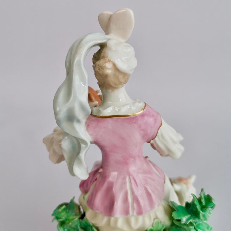 Chelsea-Derby Porcelain Figure of Lady with Lute, 18th Century, circa 1770 For Sale 3