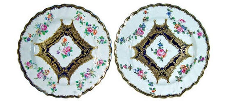 Chelsea Porcelain Set of Six Botanical Dessert Plates, 18th Century For Sale 2