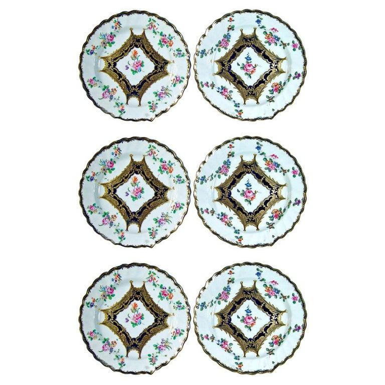 Chelsea Porcelain Set of Six Botanical Dessert Plates, 18th Century For Sale