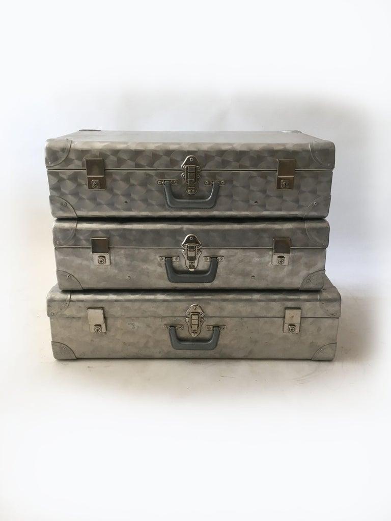 Mid-Century Modern Cheney London Aluminum Suitcase Luggage, Set of Three, England, 1960s For Sale