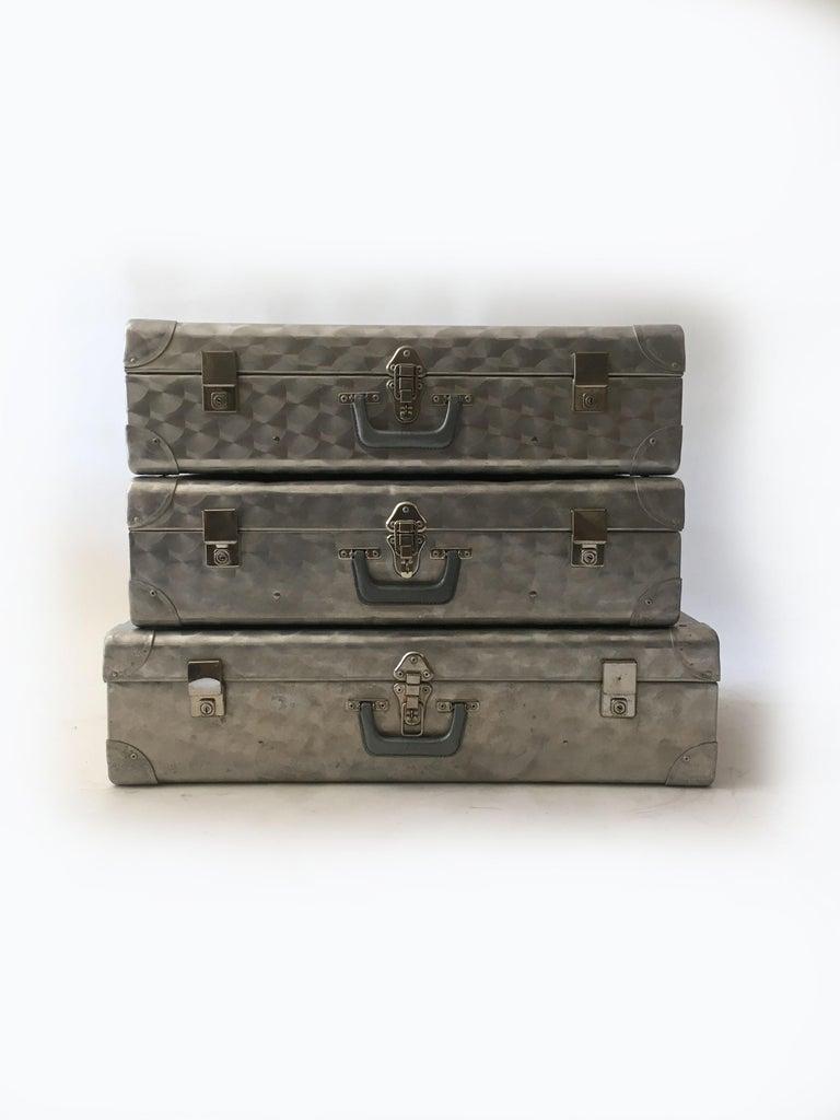 English Cheney London Aluminum Suitcase Luggage, Set of Three, England, 1960s For Sale