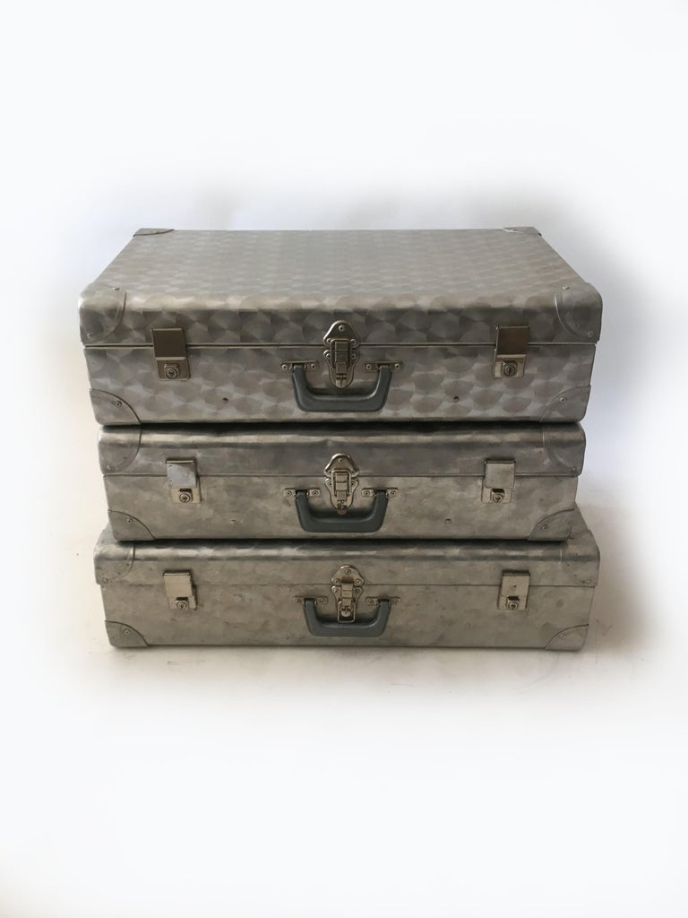 Mid-20th Century Cheney London Aluminum Suitcase Luggage, Set of Three, England, 1960s For Sale