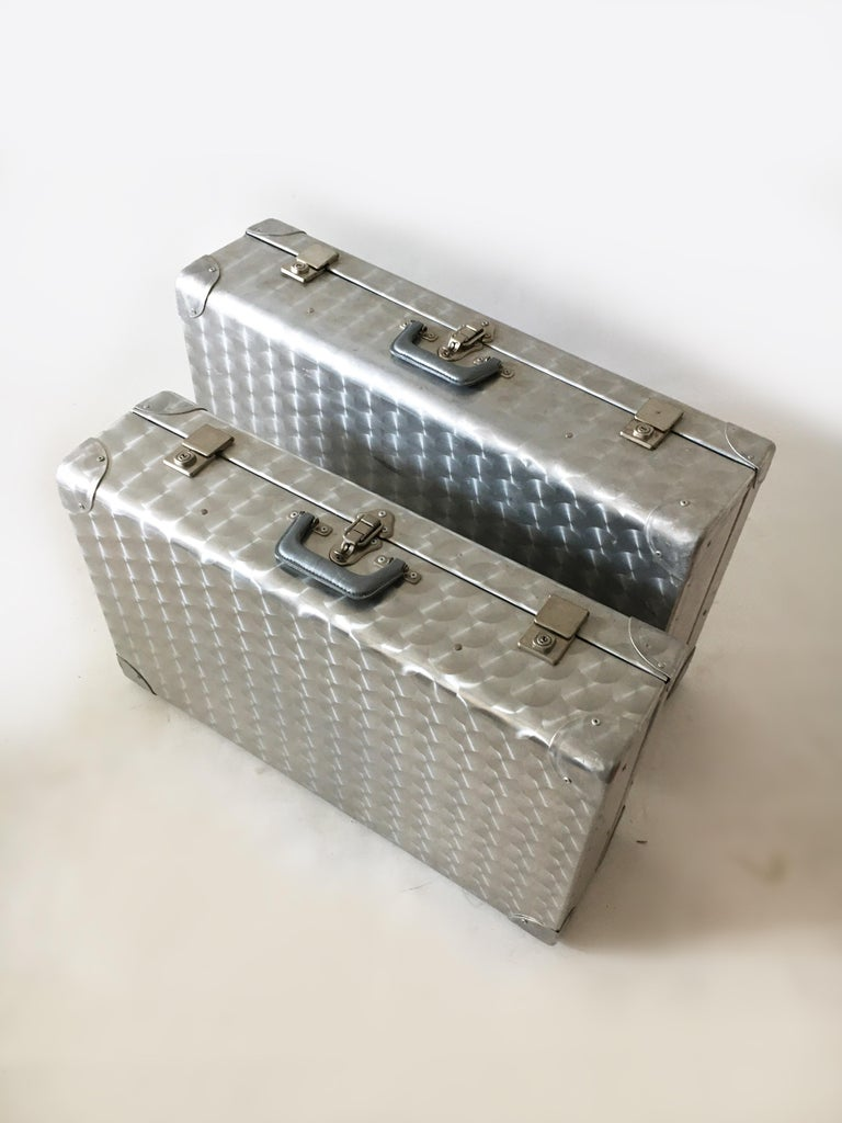 Cheney, London Aluminum Suitcase Luggage, Set of Two, England, 1960s For Sale 1