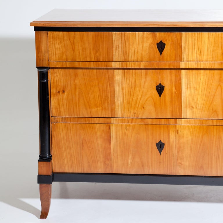 1820s Cherry Biedermeier Chest of Drawers, Southern Germany, circa 1820 For Sale