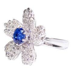 Cherry Blossoms Ring, 18 Karat White Gold, Sapphire, Diamonds Ring
