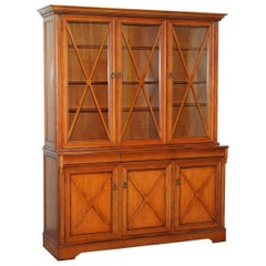 Cherrywood Large Welsh Dresser Display Cabinet Cupboard Bookcase Lots Storage