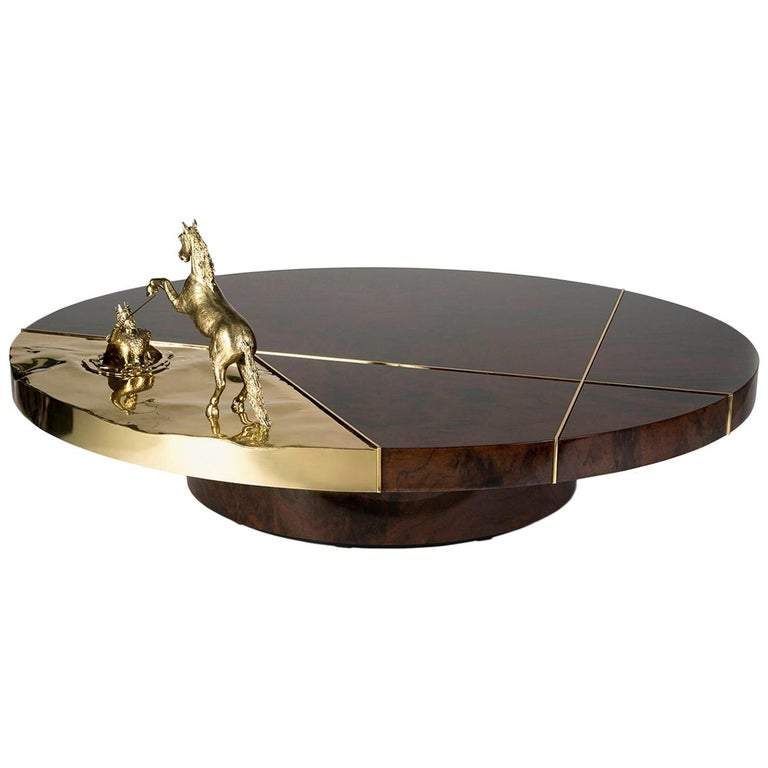 21st Century Chess Round Center Table in Polished Brass and Walnut Root Veneer For Sale