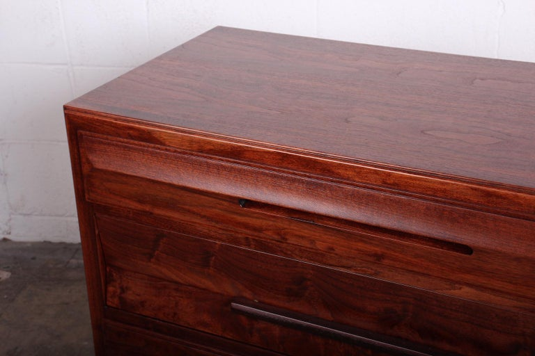 Chest by Edward Wormley for Dunbar For Sale 11
