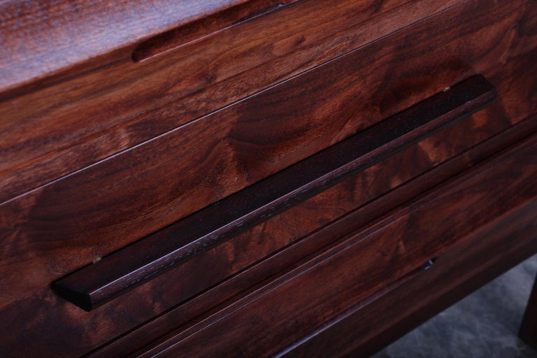 Chest by Edward Wormley for Dunbar For Sale 2