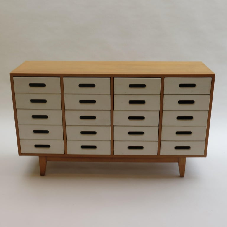 Chest of drawers designed by James Leonard in the 1950s and produced by Esavian, ESA in the United Kingdom.  Painted solid beech drawer fronts and birch plywood case. The drawer fronts have been overpainted at some point and there is some