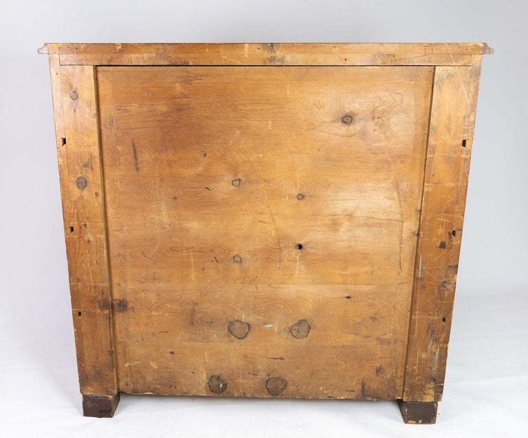 Chest of Drawers of Mahogany, in Great Antique Condition from the 1860s For Sale 4