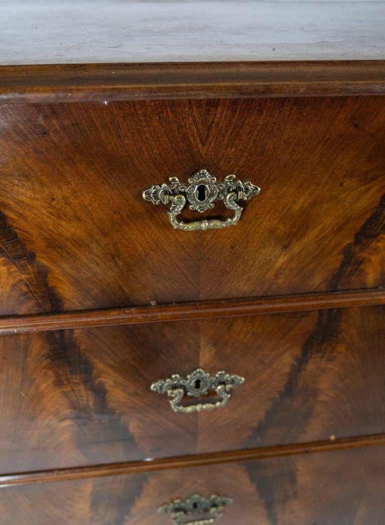 Other Chest of Drawers of Mahogany, in Great Antique Condition from the 1860s For Sale