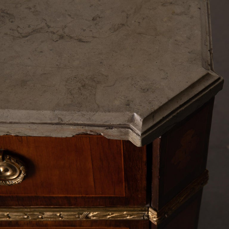 Chest of Drawers Signed by Gustaf Furlow Swedish Gustavian, 1780-1800, Sweden For Sale 4