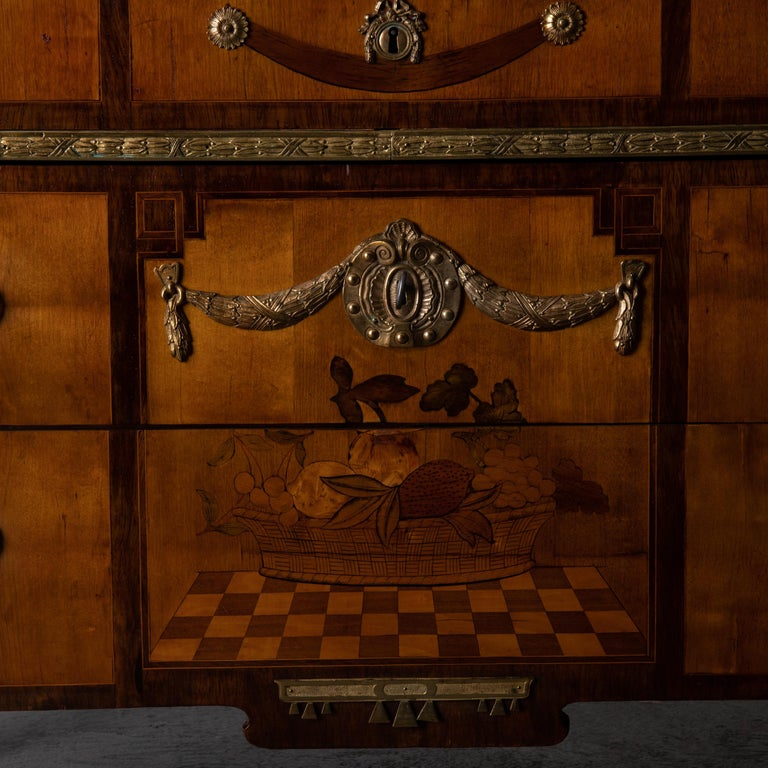 Chest of Drawers Signed by Gustaf Furlow Swedish Gustavian, 1780-1800, Sweden For Sale 6