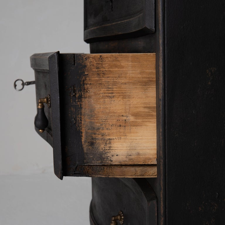 Chest of Drawers Swedish Black 18th Century Sweden For Sale 4