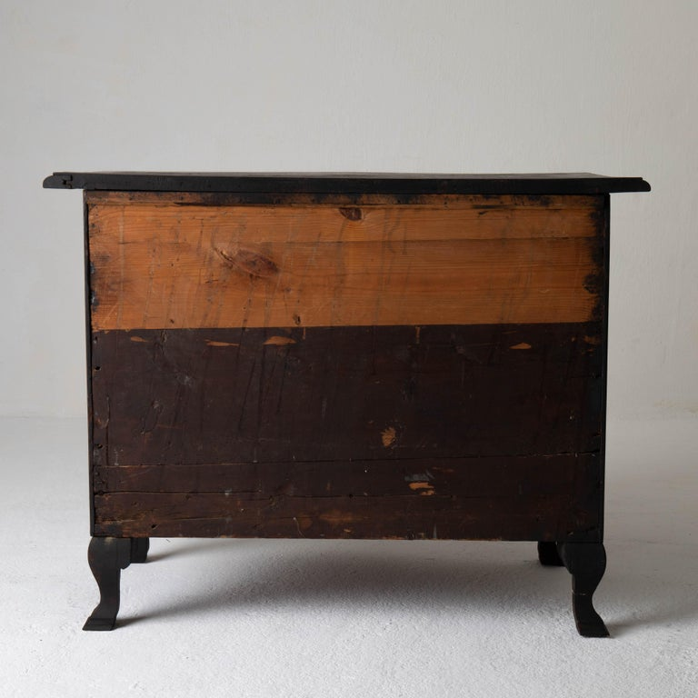 Chest of Drawers Swedish Black 18th Century Sweden For Sale 6