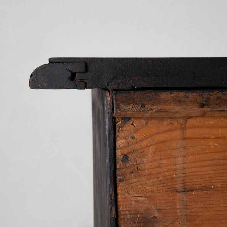 Chest of Drawers Swedish Black 18th Century Sweden For Sale 7