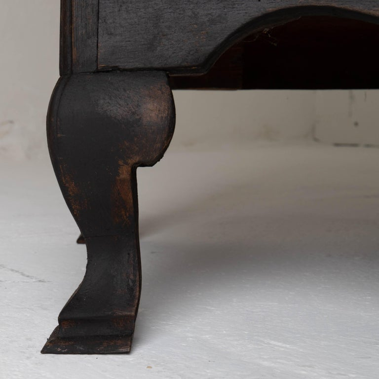 Chest of Drawers Swedish Black 18th Century Sweden For Sale 2