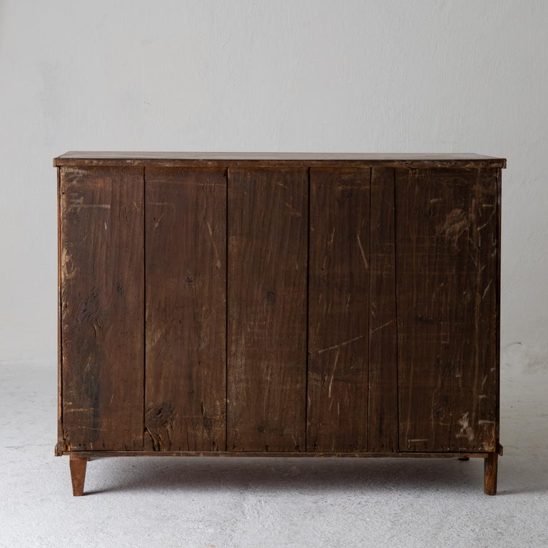 Chest of Drawers Swedish Gustavian 18th Century Original Paint Brown, Sweden In Good Condition For Sale In New York, NY