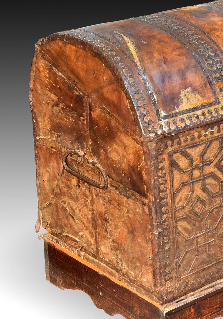 Spanish Chest with Geometric Design, Leather, Iron, Spain, circa 1500 For Sale