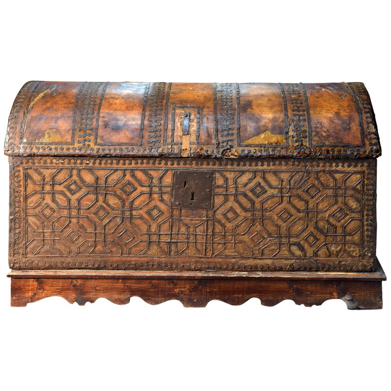Chest with Geometric Design, Leather, Iron, Spain, circa 1500 For Sale