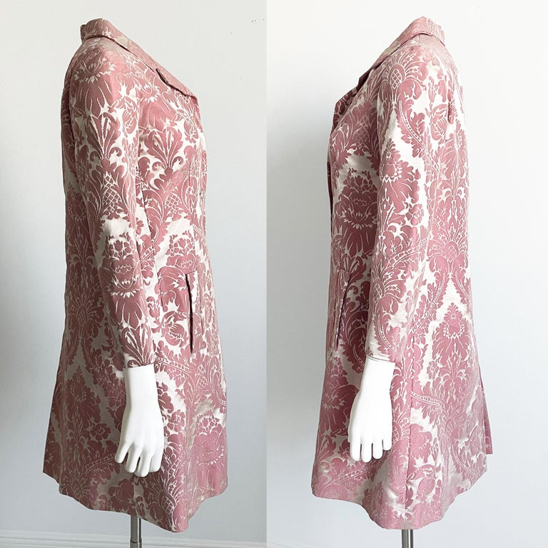 Chester Weinberg Damask Dress Pink Floral Oval Room at Dayton's 60s Vintage In Good Condition For Sale In Port Saint Lucie, FL
