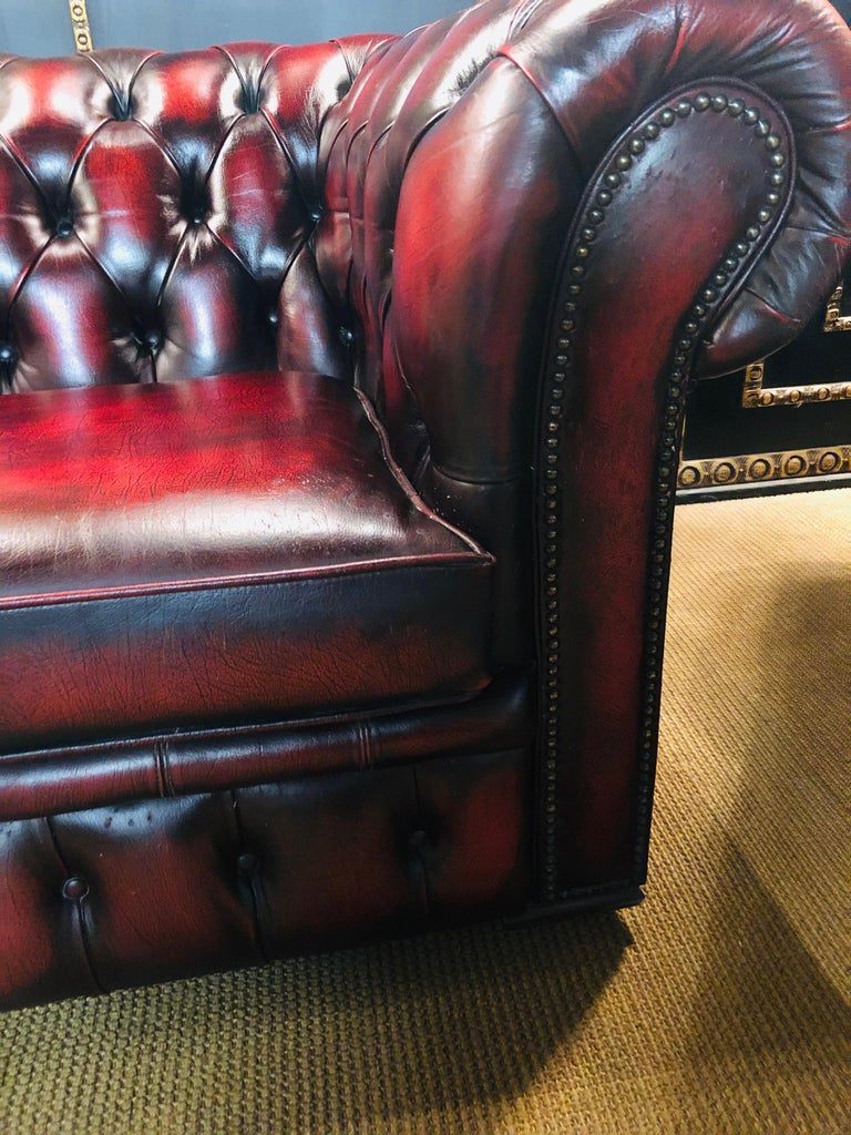 Chesterfield 2-Seat Set Centurion Genuine Leather Oxblood, England 3