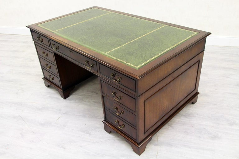 Chesterfield Desk Antique Tisch English Office Sessel Shelf Bei 1stdibs